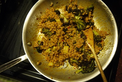roasted broccoli and farro salad