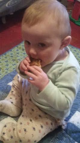 bea, eating grilled cheese
